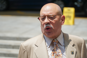 Joint Council 16 President George Miranda rallies with Waldner's Teamsters
