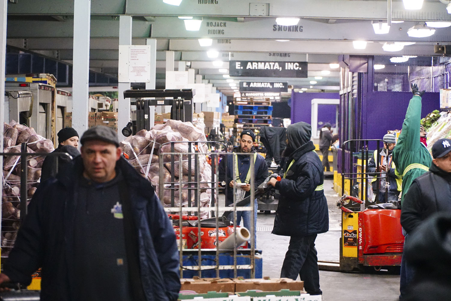 Workers win new contract at Hunts Point Produce Market